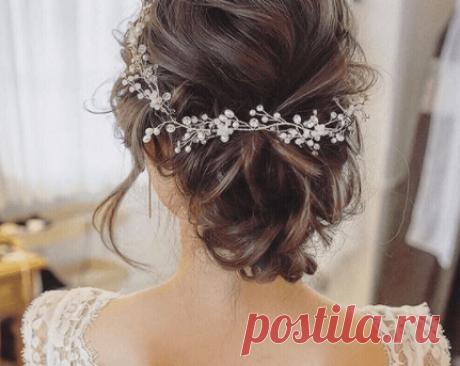 ? Прически невесты на свадьбу ? для средних волос - фото 2019 Красивые свадебные прически на средние волосы с диадемой без челки. Как подобрать прическу невесте на средние волосы?