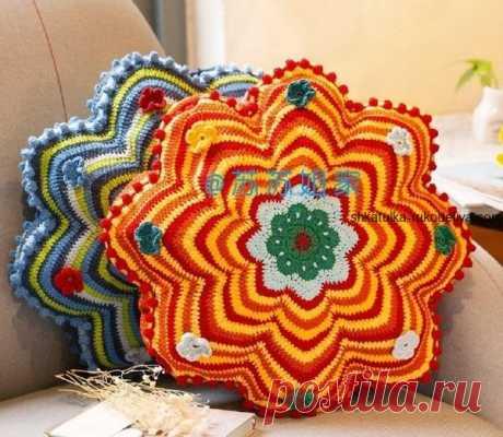 Подушка цветок Подушка цветок крючком. Декоративная яркая подушка крючком