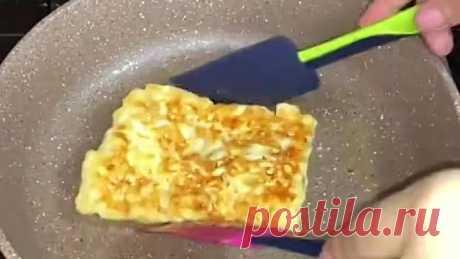 Конвертики из лаваша (ингредиенты указаны в описании видео)