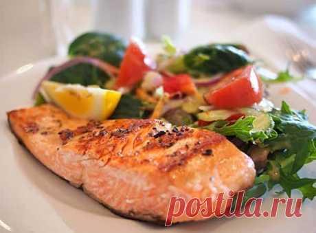 Рыба запеченная в духовке: пошаговые рецепты с фото Рыба запеченная в духовке. Как вкусно запечь рыбу в духовке. Пошаговые рецепты с фото вкусной рыбы с овощами, картошкой, луком и сыром.