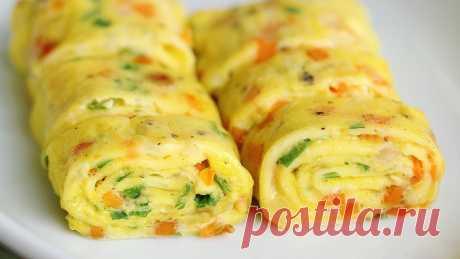 А ЧТО НА ЗАВТРАК? Яичный ролл Яичный ролл на завтрак или перекус за 10 минут  Хотите сделать на завтрак что-то новое и необычное? Тогда попробуйте яичный ролл по-корейски. Такой завтрак можно есть каждый день, меняя начинку – всег…