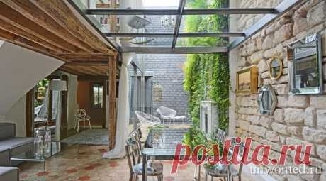 Сюрреалистическая квартира дуплекс в центре Парижа