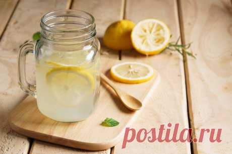 Домашний лимонад с медом.
