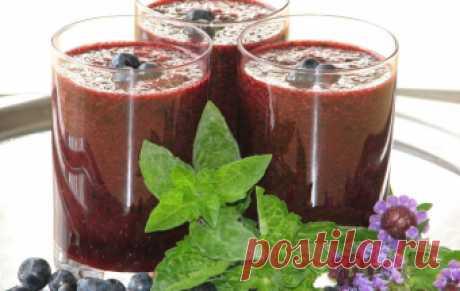 Арбузно-черничный коктейль / Фруктовые напитки / TVCook: пошаговые рецепты с фото