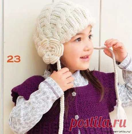 Интересная модель крючком - шапочка для девочки.