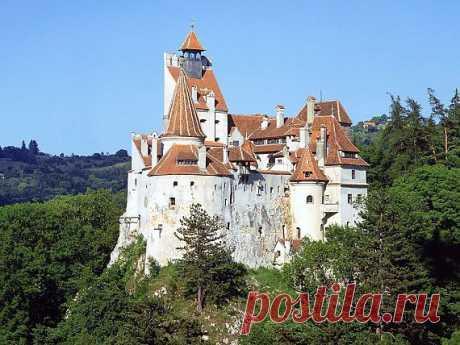 Замок Бран - обитель Дракулы / Туристический спутник