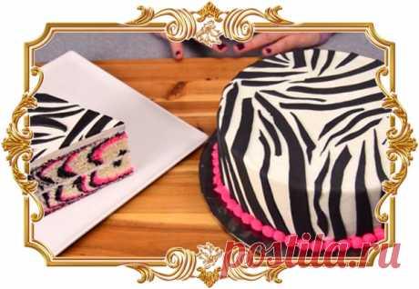 Этот торт — произведение искусства! Торт «Зебра»  Вы еще никогда не видели такого красивого торта! А еще интересен процесс его приготовления. Обязательно возьмите на заметку  Ингредиенты: Показать полностью…