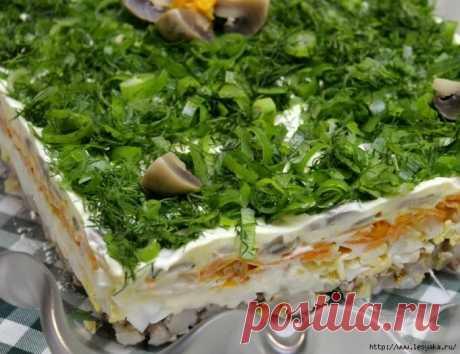 Бесподобный салат из сельди с орехами и грибами!