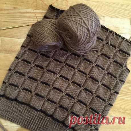 Very beautiful pattern - will be suitable also for a sweater or a cardigan, and the plaid will turn out cozy. Very beautiful pattern spokes - squares - rather easy, simple in performance. \u000aElastic band 1х1: alternately 1 front loop, 1 back loop, in back ranks we knit as loops look. \u000a\u000aFront smooth surface: in front ranks – front loops, in back – back. \u000a\u000aPlatochny knitting: in front and back ranks – front loops. \u000a\u000aPattern with cross loops: \u000a\u000aThe 1st row – 19 persons. item. \u000a\u000a...