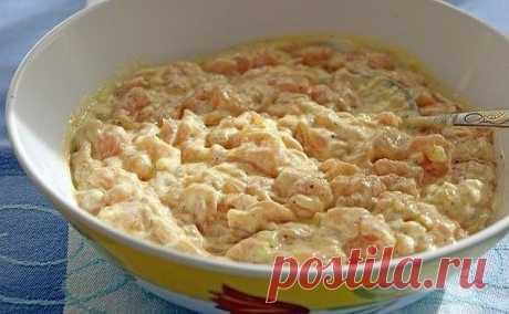 """Las gallináceas \""""rastrepki\""""\u000a\u000a¡Mí simplemente en el arrebatamiento de esta receta! ¡Esto es tan sabroso y es jugoso! Se hacía a mi querido...\u000a\u000aLos ingredientes:\u000a\u000akurinaya grudka - 3 piezas\u000a●2-3 el art. de l. La mayonesa,\u000aEl ●1 huevo,\u000a●2-3 el art. de l. El tormento o el almidón\u000asol, el pimiento por-gusto\u000a●3-4 del diente del ajo\u000aschepotka el curry\u000a\u000aLa preparación:\u000a\u000aLa carne de gallina cortar melenkimi por los cubos,\u000aAñadir la mayonesa, el huevo, el tormento, la sal, el pimiento, exprimir chesnochka.\u000aDebe resultar como testo a los buñuelos\u000aY cocer así como los buñuelos sobre el aceite vegetal.\u000a\u000aA..."""