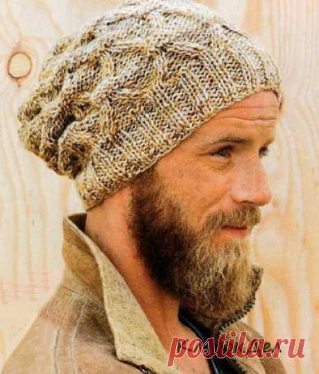 Вязание для мужчин - шапка спицами фантазийным узором, схема с описанием