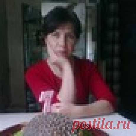 Елена Артанова