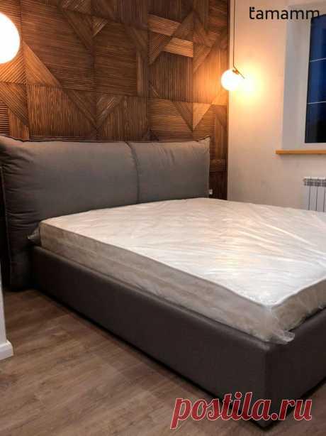 Кровать с мягким изголовьем в виде мягких подушек на заказ
