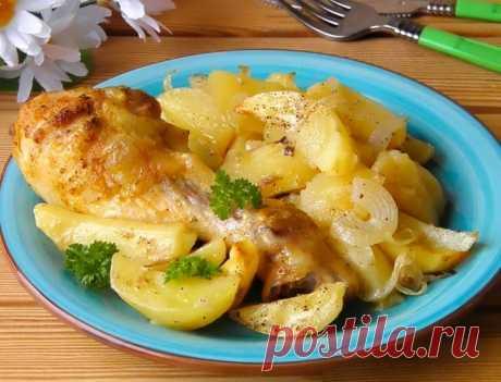 Куриные ножки с картошкой в духовке / Простые рецепты
