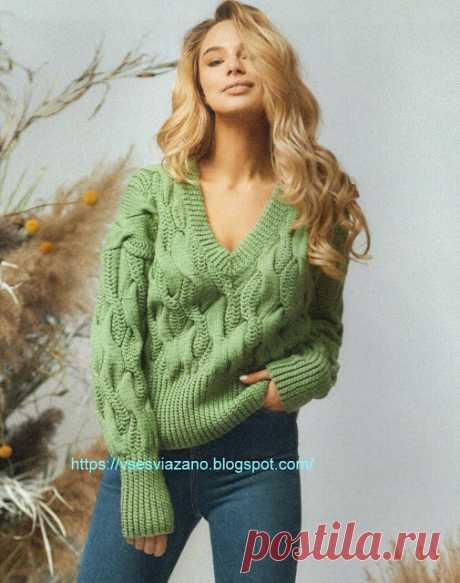 ВСЕ СВЯЗАНО. ROSOMAHA.: Пуловер цвета мха с крупными жгутами.