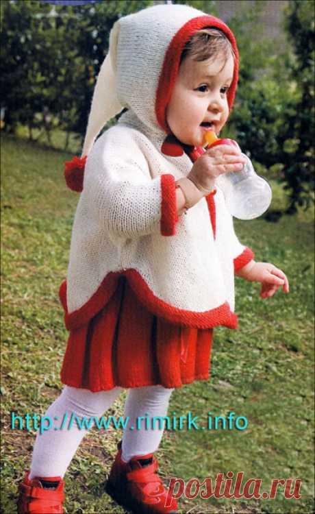 Классический ансамбль для девочки 1 года от Adriafil (платье и пончо с капюшоном)