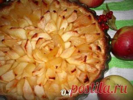 Песочный пирог с яблоками в карамели Этот вкус не передать словами!     Ингредиенты: ...
