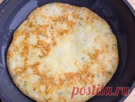 Сырные лепешки с зеленью на завтрак. Сытно и очень вкусно!