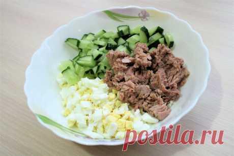 На скорую руку. Идеальный салат к ужину из трех ингредиентов (и еще три варианта салатов) | ОЛЯ ГОТОВИТ | Яндекс Дзен