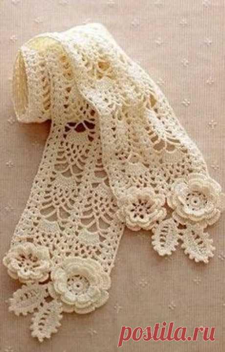 Ажурный шарфик связанный крючком