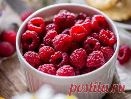 Малиновый пирог со сметанной заливкой: рецепт вкусного летнего десерта