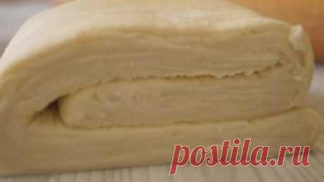 Слоеное тесто - всегда удачное, вкусное и слоистое! ИНГРЕДИЕНТЫ Тесто №1: Масло сливочное – 220 гр. (или маргарин) Мука 150 гр. Тесто №2: Яйцо – 1шт. Вода холодная – 160мл. Уксус 9% - 1 ст.л. Соль – 1/2ч.л.