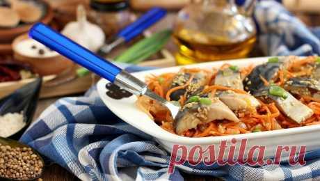 Скумбрия по-корейски: экзотическая диковинка своими руками Готовить по-корейски можно разные виды рыб – толстолобик, сельдь, любую красную рыбу и более чем популярную у нас скумбрию. Еще не так давно экзотическая диковинка, а сегодня блюдо, которое готовится повсеместно на всем постсоветском пространстве и обычно обозначается кулинарами как «хе». Скумбрия в таком «корейском» варианте только выигрывает, так как к ее деликатному и нежному […] Читай дальше на сайте. Жми подробнее ➡