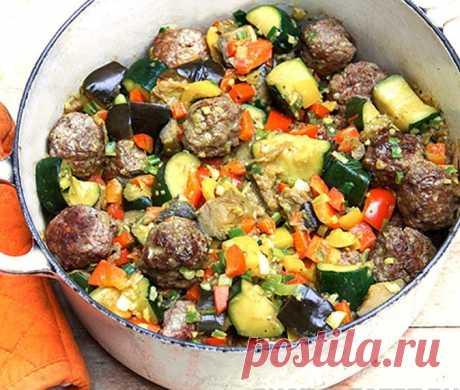 Капоната - овощное рагу с тефтелями Капоната - овощное рагу с тефтелями - пошаговый кулинарный рецепт приготовления с фото, шаг за шагом.