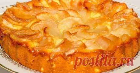 Как сделать яблочную шарлотку на творожном тесте