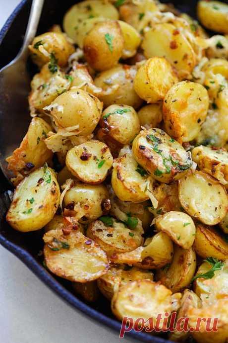 Las Patatas fritas italianas. ¡El aroma y el gusto hechiza!