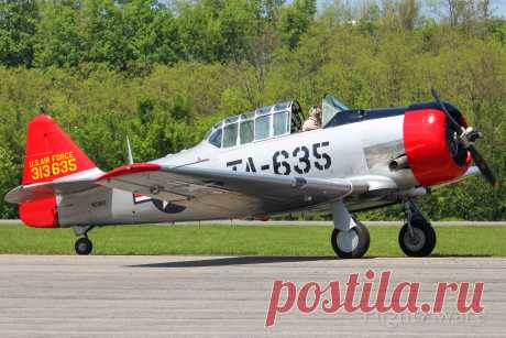Фото North American T-6 (N29BS) - FlightAware