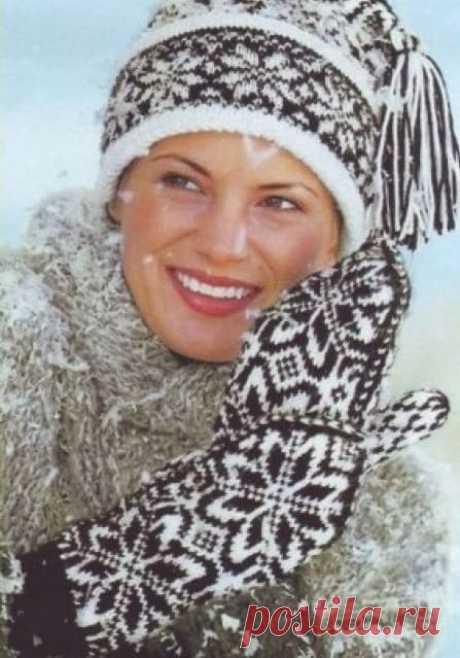Шапки со снежинками спицами — 2 модели с описаниями вязания