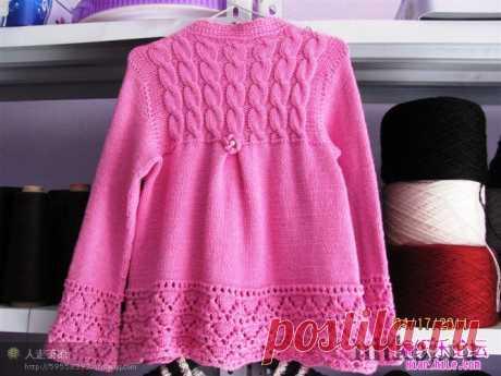 Розовый кардиганчик для девочки