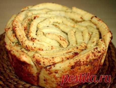 Обезьяний хлеб с чесноком