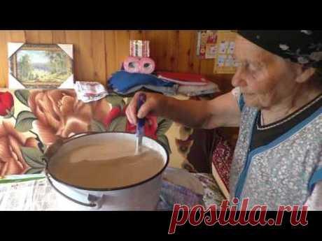 Квас деревенский из ржаной муки.