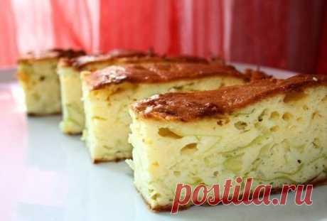 Как приготовить пирог со свежей капустой - рецепт, ингредиенты и фотографии