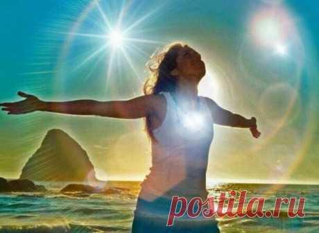 5 признаков наличия у человека сильной энергетической защиты - Сонники, гороскопы, гадания - медиаплатформа МирТесен Энергетическая защита человека регулярно подвергается атакам: духовной (невидимая энергия, хотя многие люди чувствуют ее) и ментальной (энергия, которая исходит от собственных мыслей, которые становятся эмоциями и, будучи отрицательными, влияют на физическое тело и энергетическое тело). Правда в