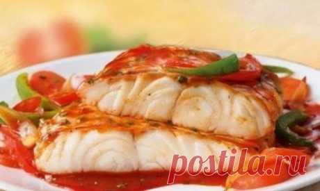 Запекаем вкусно рыбу — быстрые и несложные рецепты! Рыбка из духовки несомненно полезнее и вкуснее!  1. Рыба под шубой — нежная и сочная!