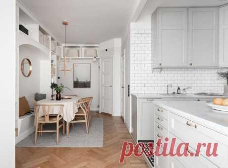 Милая квартира со стеклянной перегородкой и красивой столовой зоной в Стокгольме Этой небольшой шведской квартире присущи типично скандинавские лёгкость и простота, в то же время есть в ней несколько оригинальных и интересных решений. Так, из-за сложной планировки дизайнерам пришл...