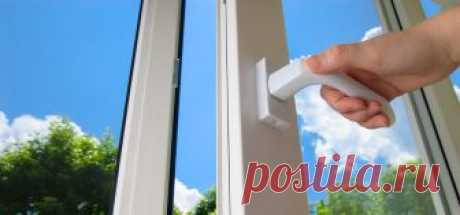 Самостоятельная регулировка окон к зиме: пошаговая инструкция Несмотря на то, что оконные пакеты из металлопластика, в отличие от старых деревянных, считаются одними из самых прочных и износостойких, ежегодно, накануне заморозков они нуждаются в регулировке и замене так называемых прокладок. Как самостоятельно можно отрегулировать окна к зиме, чтобы зимой не слушать завывание ветра сквозь щели, расскажем в этом обзоре. Зачем регулировать Разные режимы нужны по одной просто...