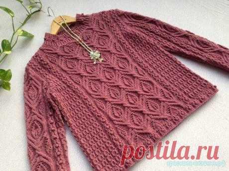 Как связать стильный пуловер. Вяжем женский пуловер спицами. Схема вязания пуловера спицами. Картинки увеличиваются при нажатии.
