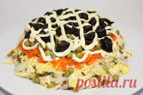 """""""Прага&quot salad; \u000d\u000aColourful, madly tasty and simple in preparation. The video recipe from Yulya."""