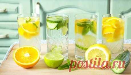 3 напитка для регулирования гормонов: женщинам пить каждый день      Рецепт №1 Теплая вода с лимоном помогает сбросить лишний вес, вывести токсины из организма, улучшить иммунитет, состояние кожи и пищеварение. Дело в том, что лимон способен влиять на гормон сытос…
