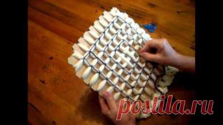 Плетение квадратов на картоне. Loom. Видео.  #плентение #картон @vrukodeli https://youtu.be/BW1FyGWQf7Qhttps://youtu.be/HRFj3zSf..