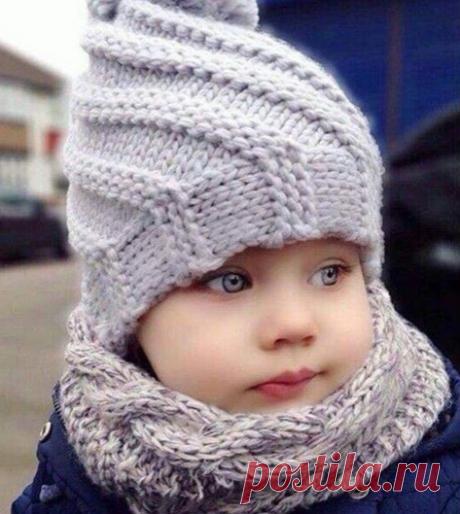 Шапочка спицами___ подбор похожих вариантов с описанием и схемами для вязания такой шапочки