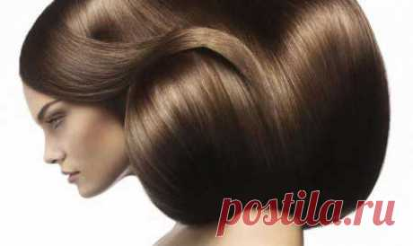 Как придать волосам объем. Для создания пышной шевелюры, прежде всего, необходим уход за волосами.  Тонкие волосы могут быть от природы, а чаще всего они просто повреждены. Мы сами ежедневно губительно действуем на свои локоны, даже когда моем и расчесываем их. К губительной силе можно отнести также окрашивание, воздействие высоких температур, стрессы, плохое питание и т.д. В итоге мы получаем редкие и тонкие волосы.