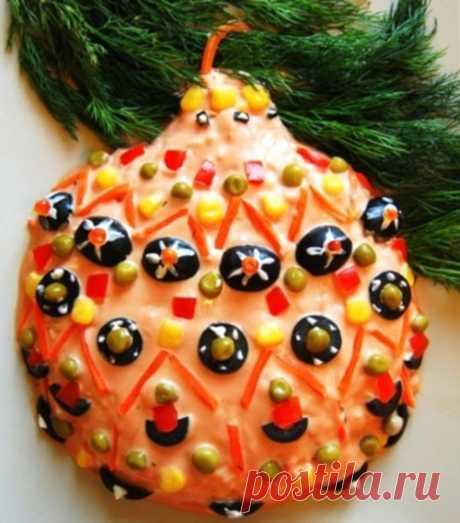 Салат новогодний с крабовыми палочками «Новогодняя игрушка» / Простые рецепты