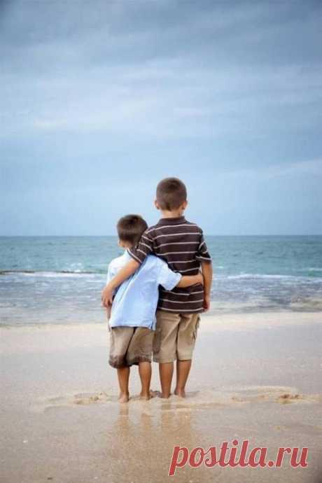 Как здорово иметь брата или сестру;)) 20 умилительных фотографий — Фотоискусство