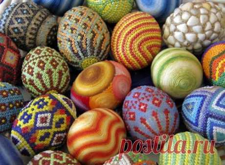 Красивые пасхальные яйца своими руками - фото идеи пасхальные яйца с бисером, крючком, оригами