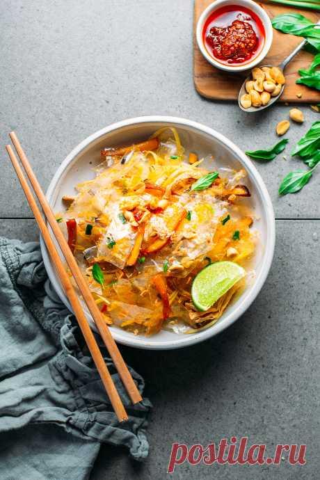 Хартиена салата от ориз - пълен с растения